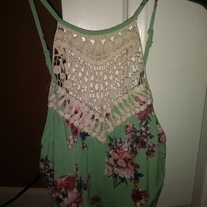 Rue 21 flower crochet crop top